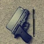 Huse de iPhone in forma de Pistol