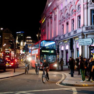 viata de noapte din Londra