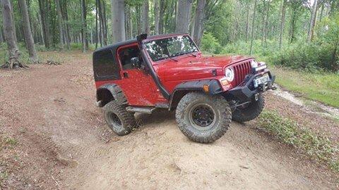 jeep-wrangler-4x4-in-bucovina