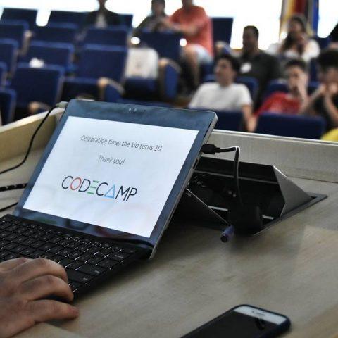Codecamp 10 ani
