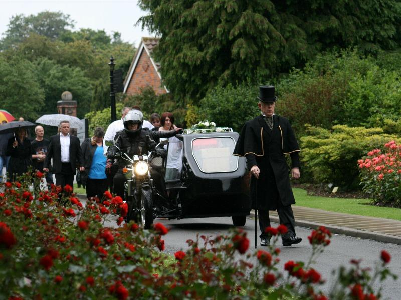 Inmormantarea unui motocicilst