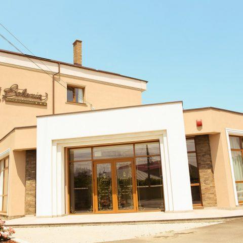 Hotel Bohemia Exterior 1