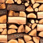 De ce să îţi încălzeşti casa cu lemne