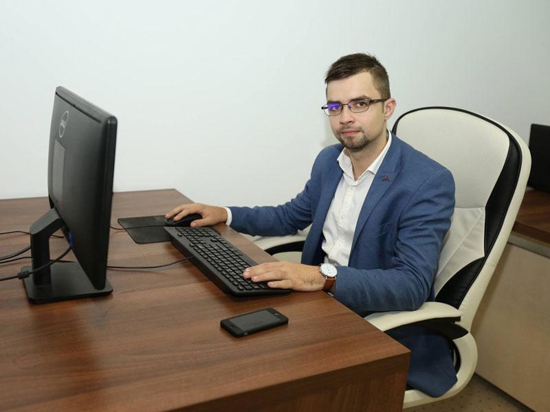 Andrei-Cenusa-la-PC