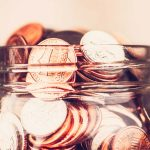 La Money-studio viata bate filmul