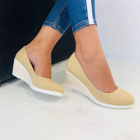 pantofi cu talpa tip wedge